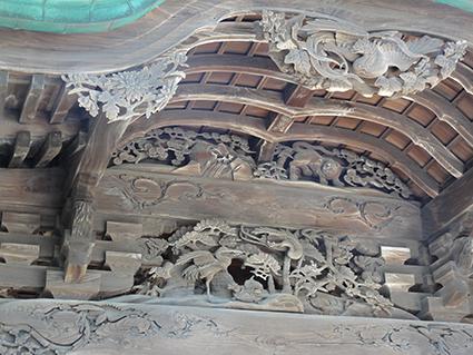 八坂神社の彫刻.jpg